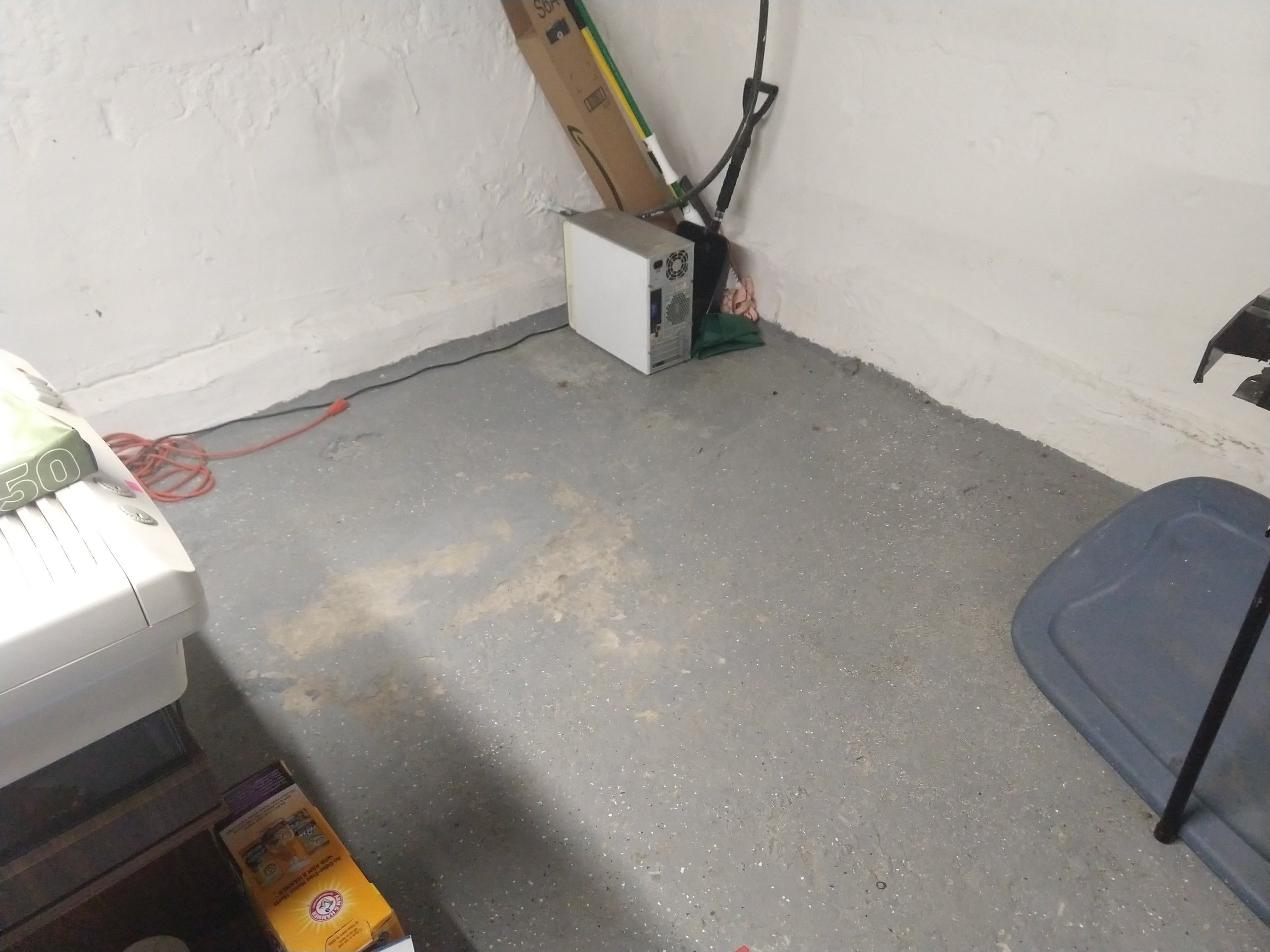 20x30 Basement self storage unit