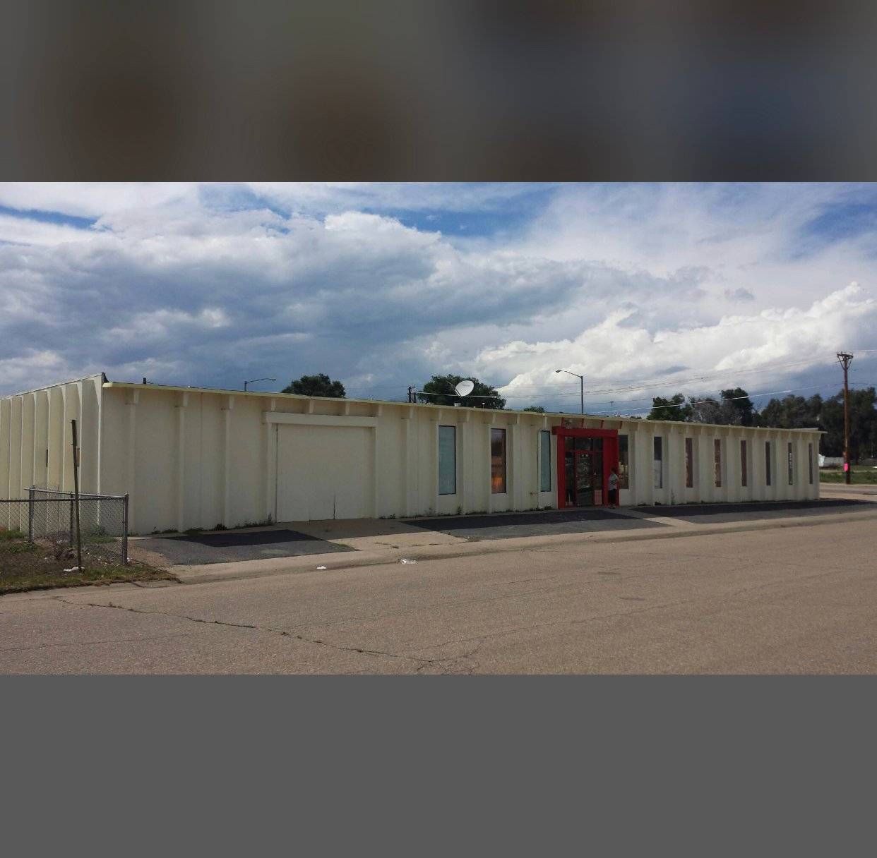 100x128 Warehouse self storage unit