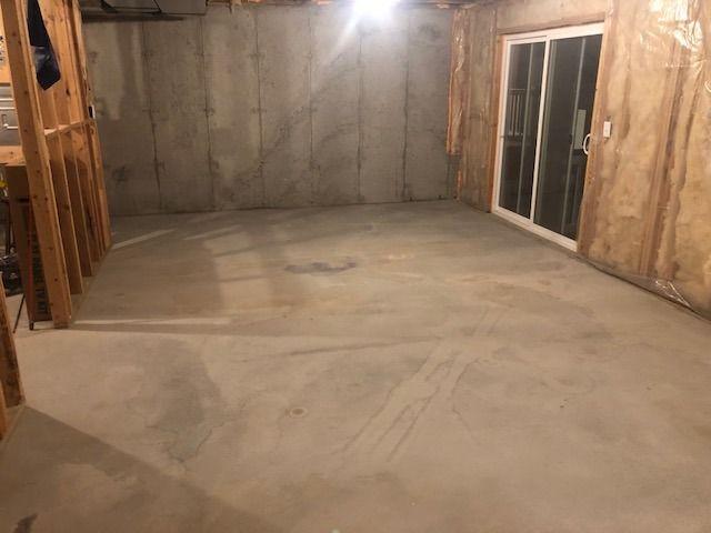 25x13 Basement self storage unit