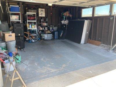 18x15 Garage self storage unit