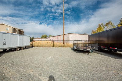 12x40 Unpaved Lot self storage unit