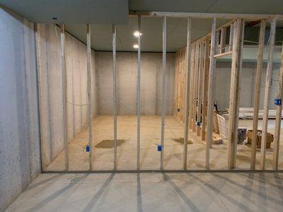 17x10 Basement self storage unit