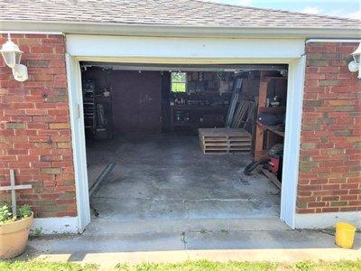 15x7 Garage self storage unit