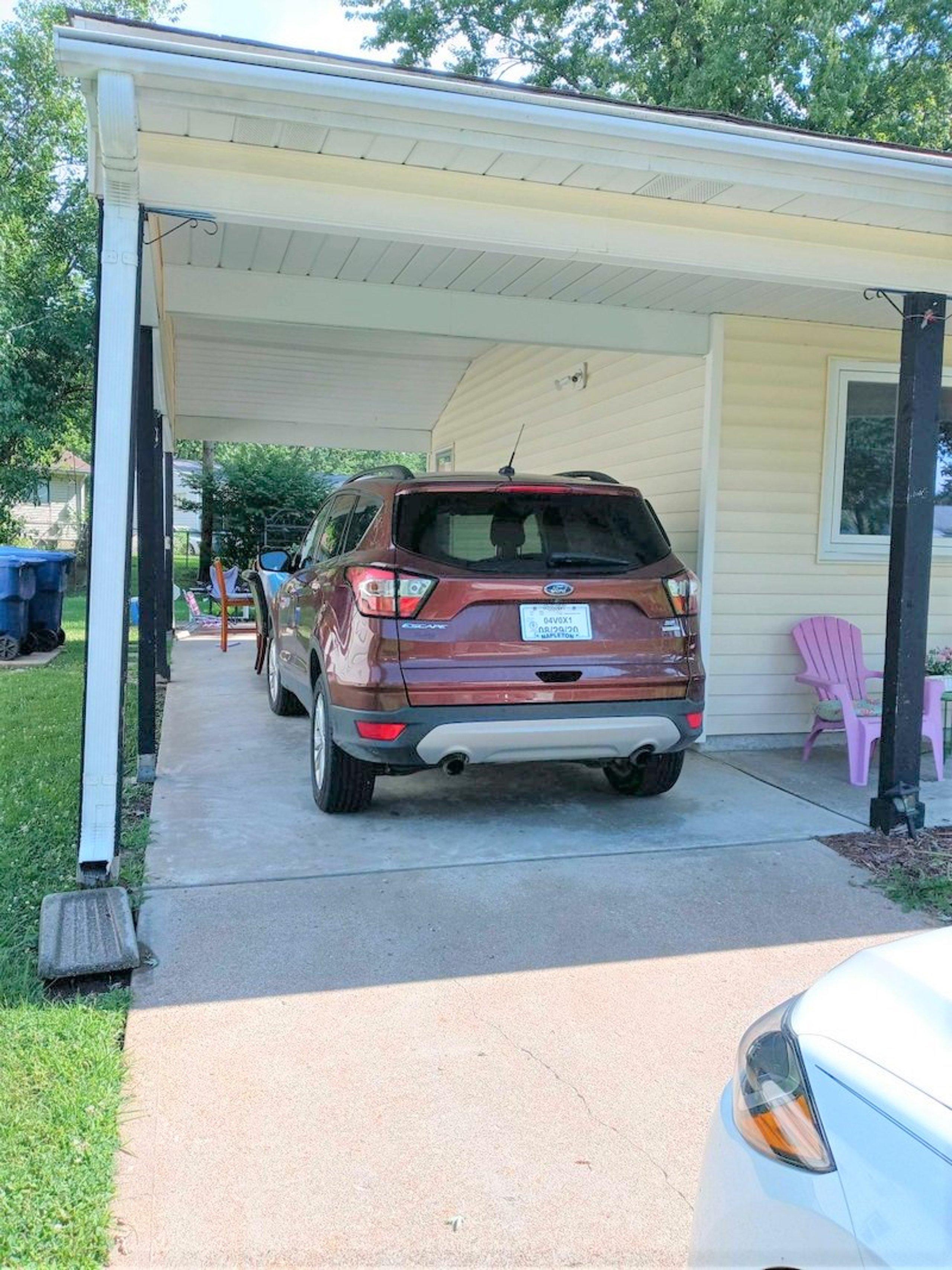 10x20 Carport self storage unit