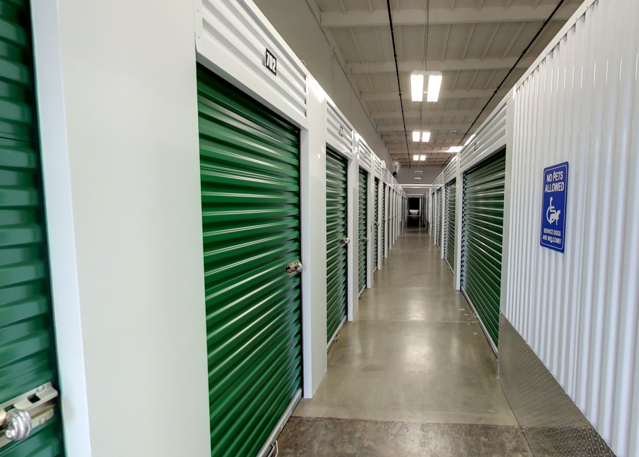 5x10 Garage self storage unit