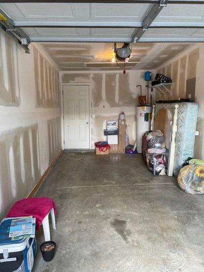 100x100 Garage self storage unit