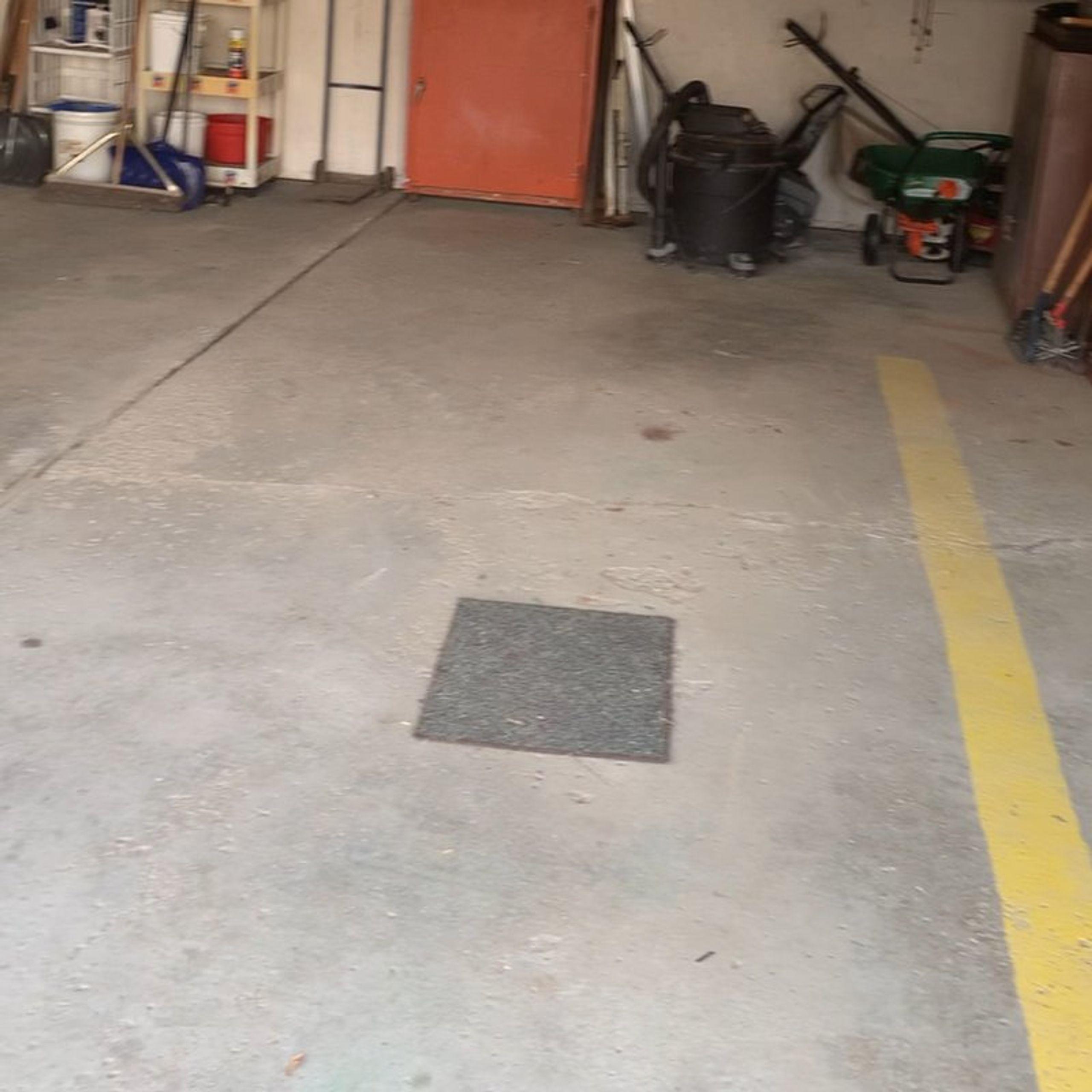 15x20 Garage self storage unit