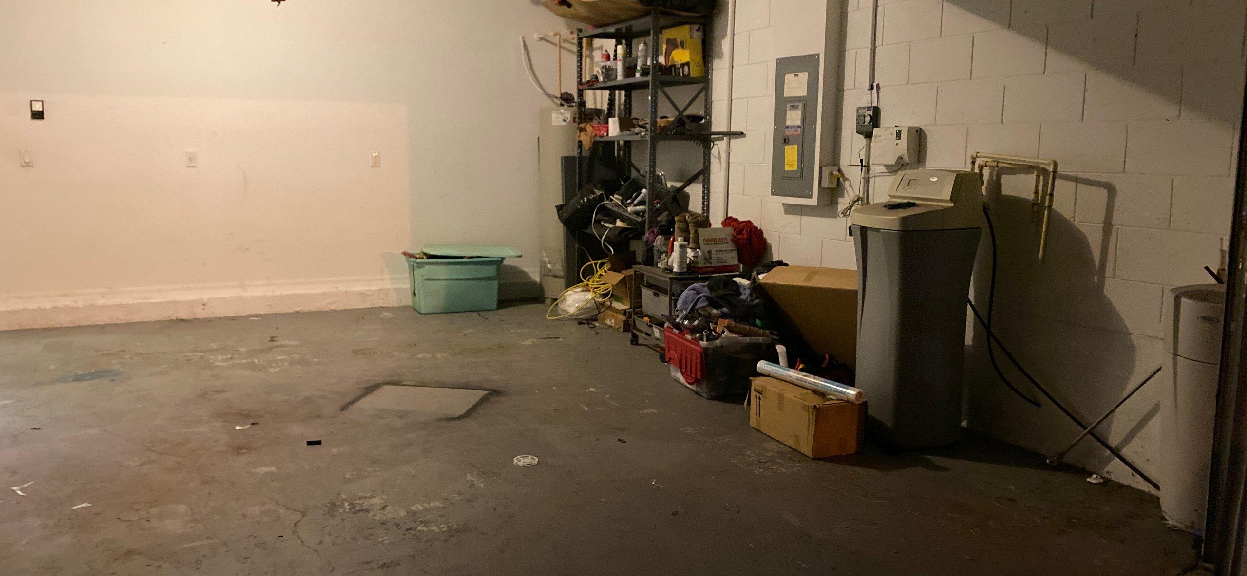 21x18 Garage self storage unit
