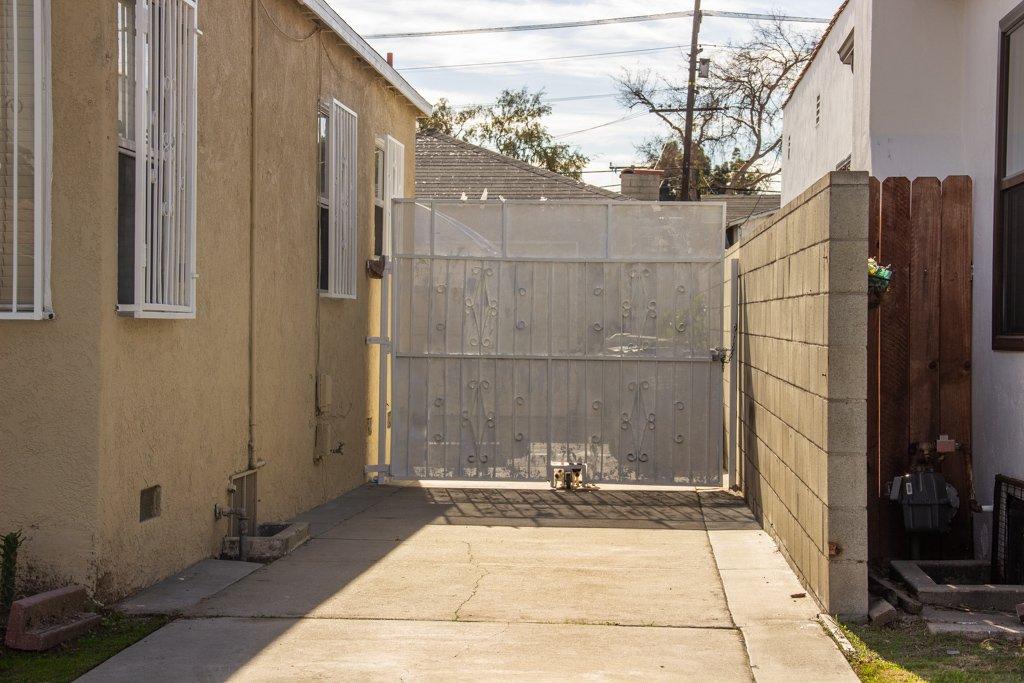 16x16 Garage self storage unit