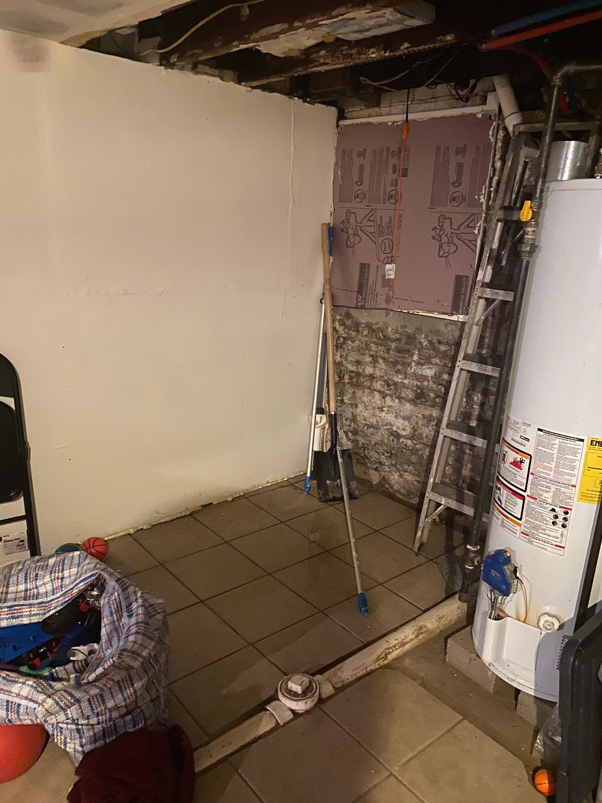 11x15 Basement self storage unit