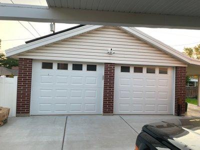 21x25 Garage self storage unit