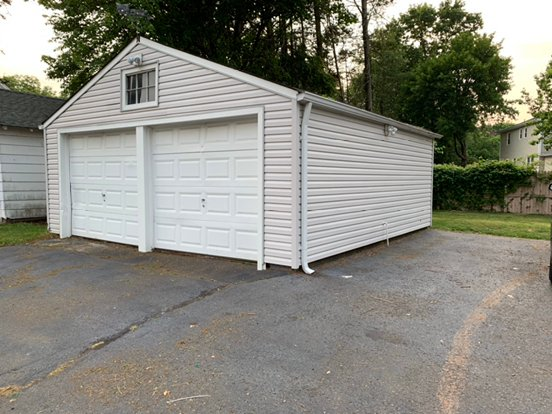 17x16 Garage self storage unit