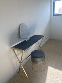 100x100 Bedroom self storage unit