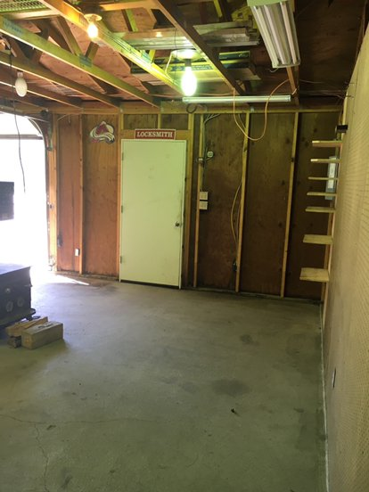 20x40 Garage self storage unit