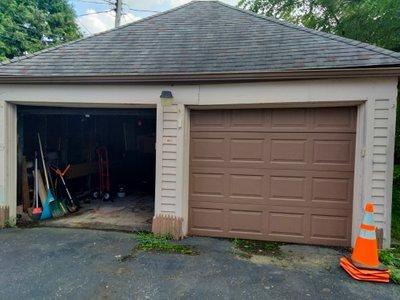 16x20 Garage self storage unit