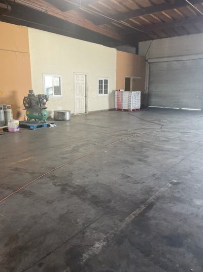25x18 Warehouse self storage unit