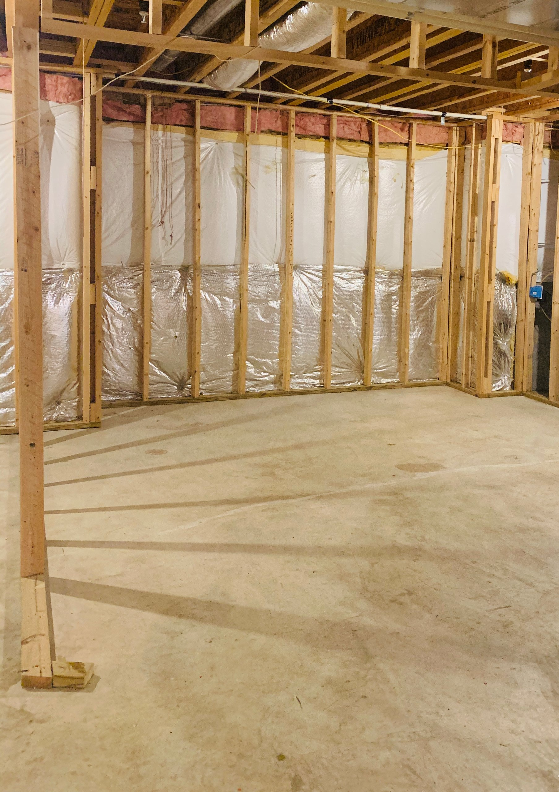 14x14 Basement self storage unit