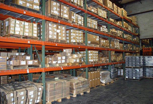1000x400 Warehouse self storage unit