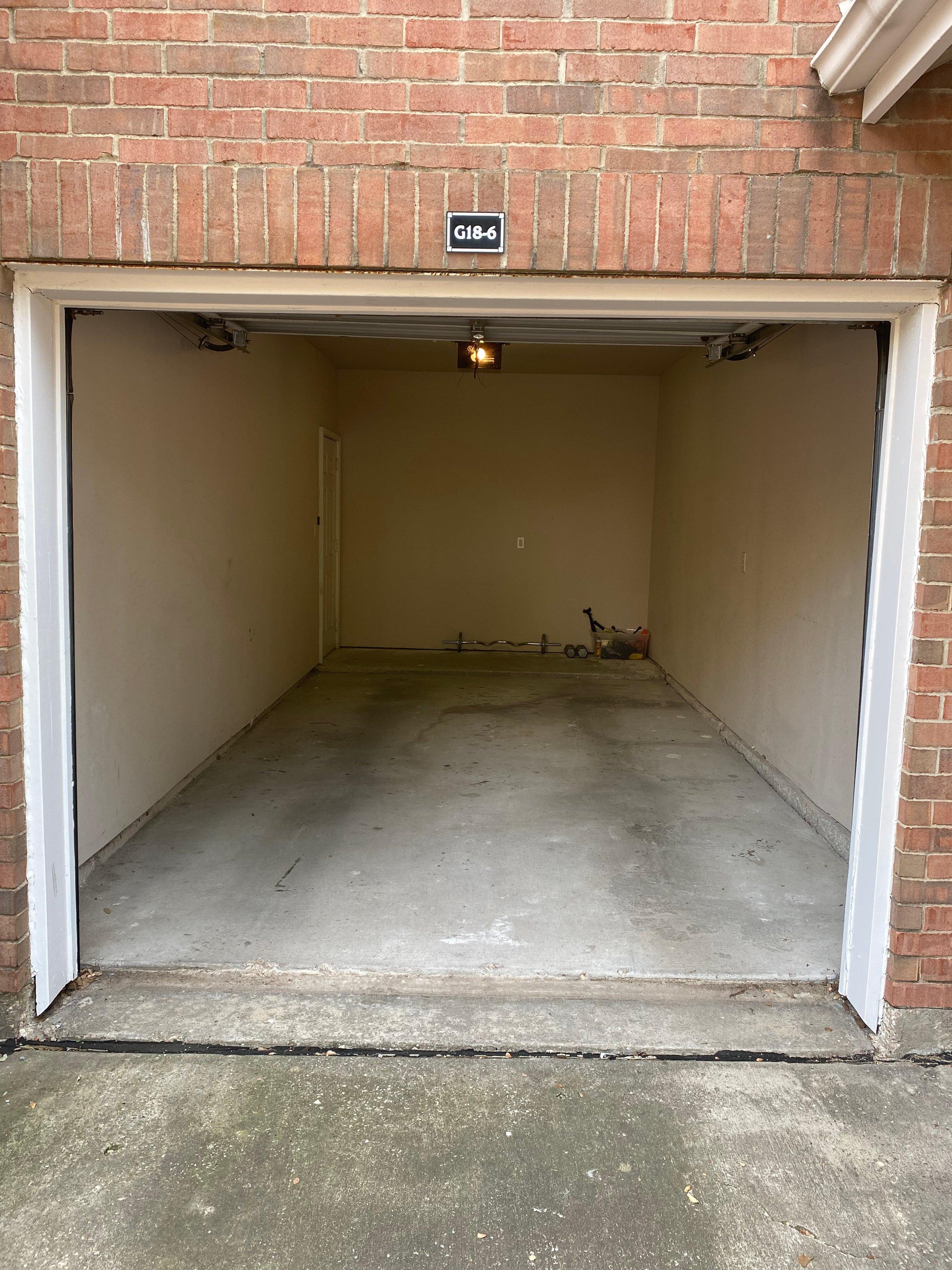 10x21 Garage self storage unit