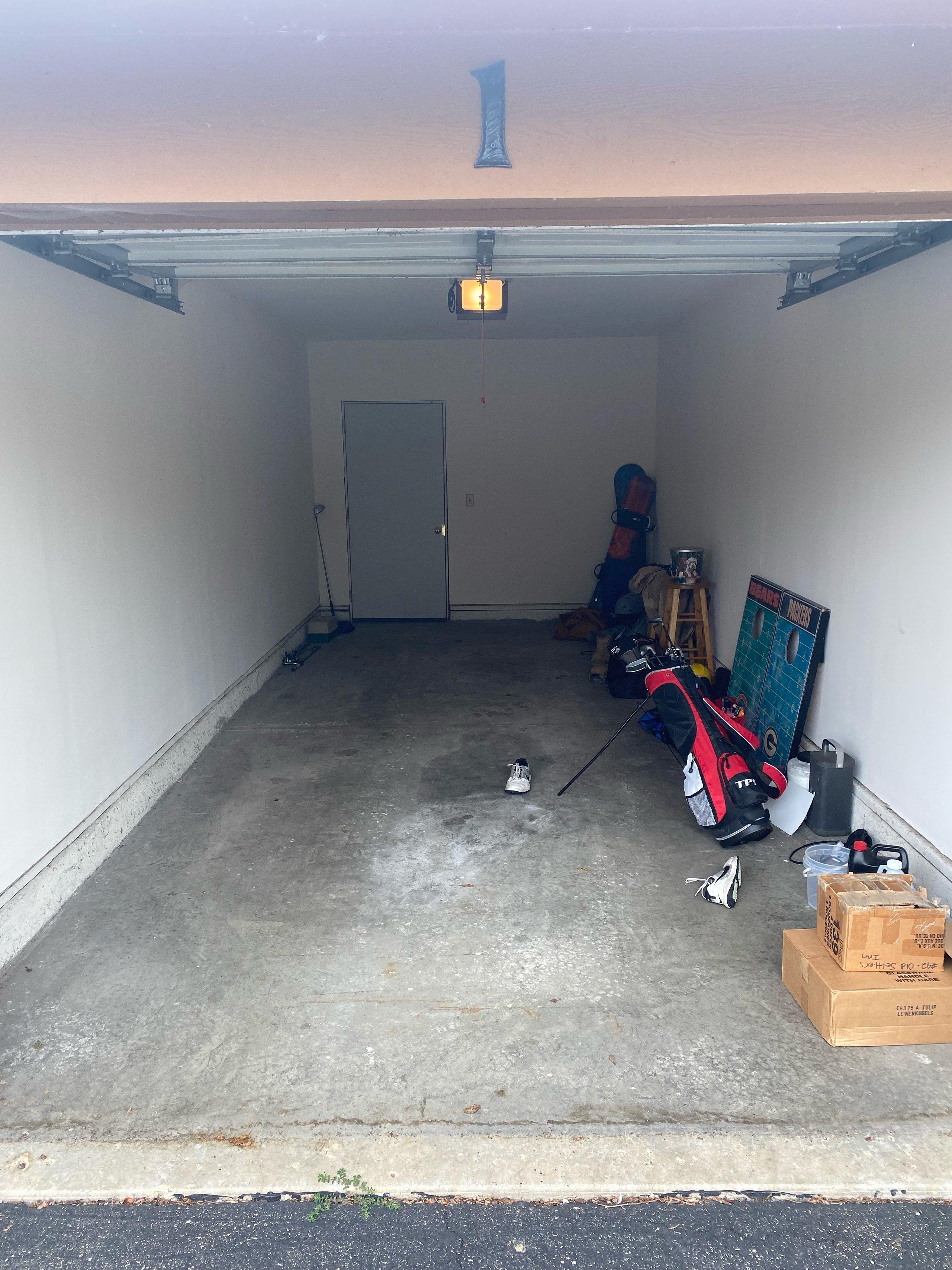 23x9 Garage self storage unit