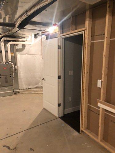 200x100 Basement self storage unit