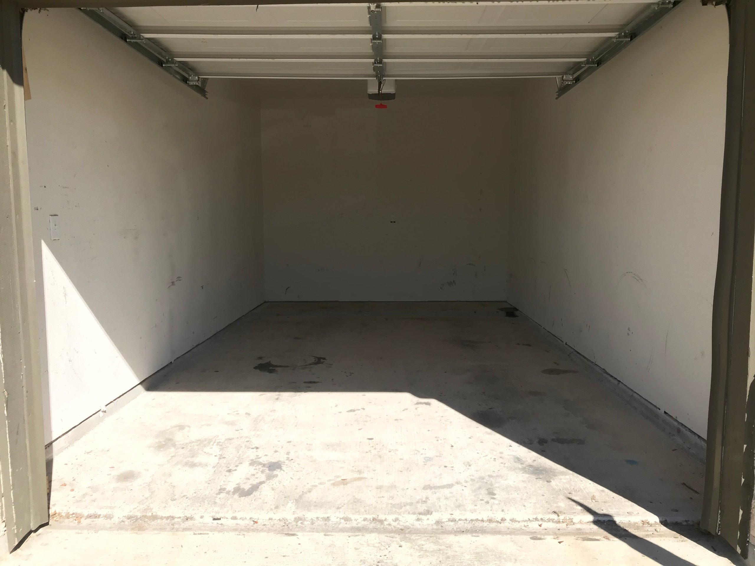 25x10 Garage self storage unit