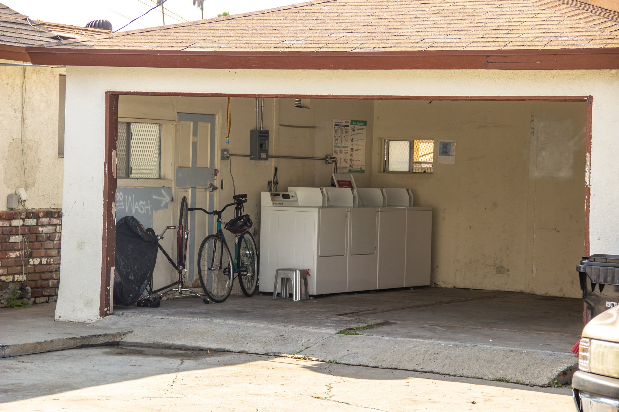 161x208 Garage self storage unit