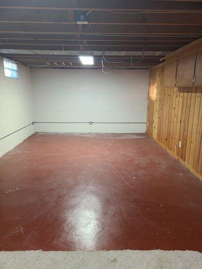 30x16 Basement self storage unit