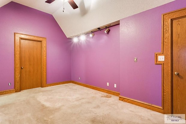 10x25 Bedroom self storage unit