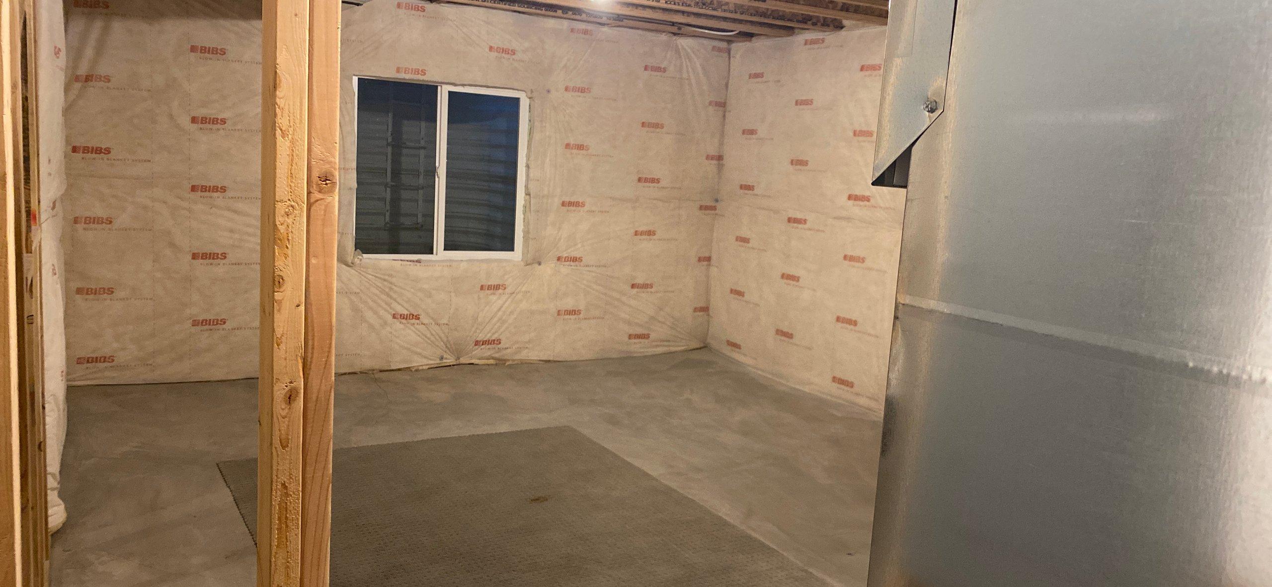 17x15 Basement self storage unit