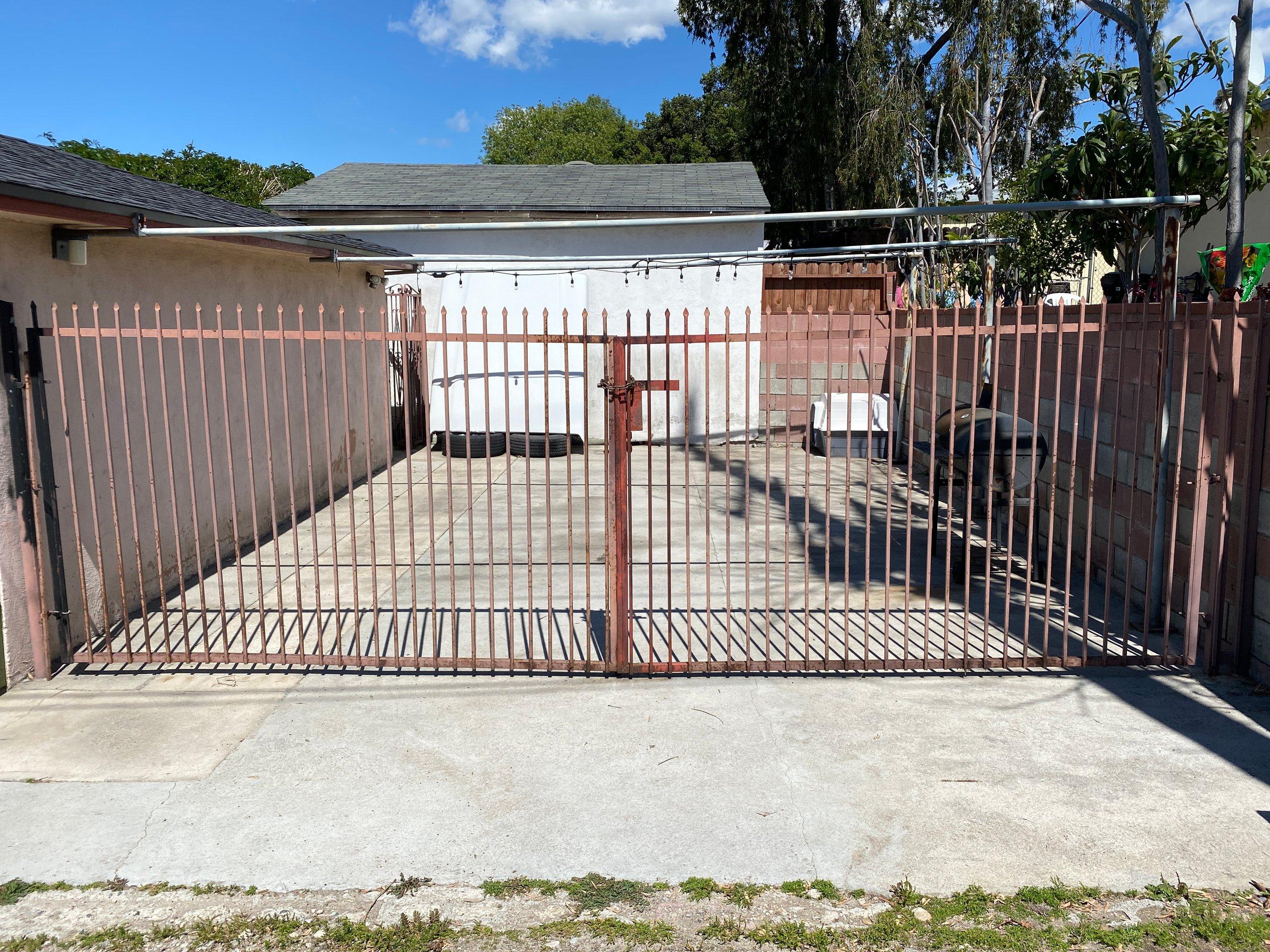 18x23 Garage self storage unit