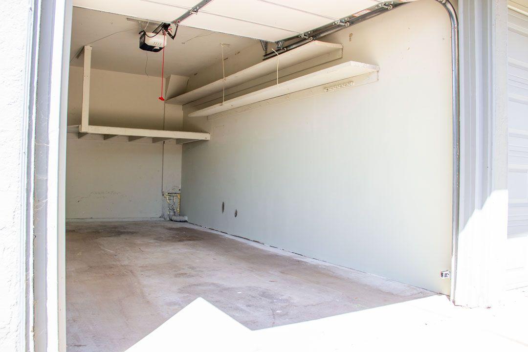 19x10 Garage self storage unit