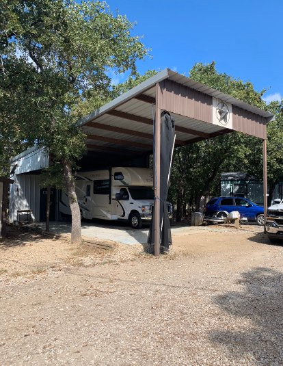 40x20 Driveway self storage unit
