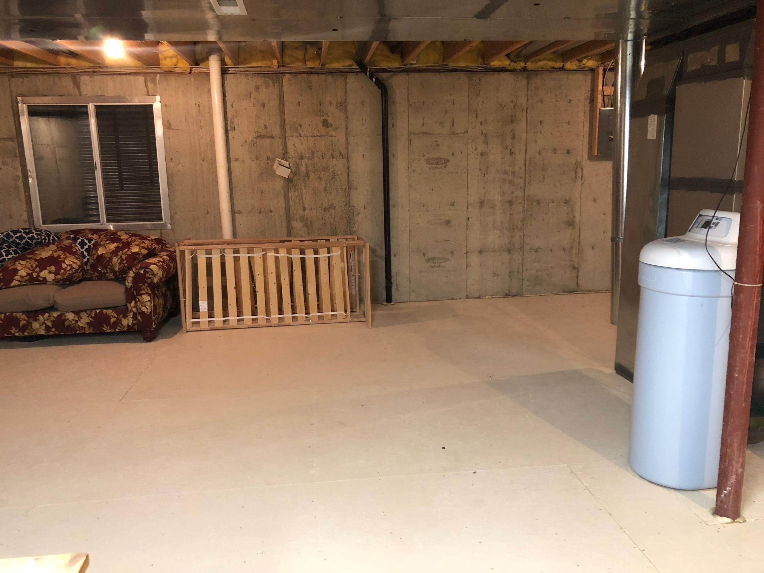 10x15 Basement self storage unit