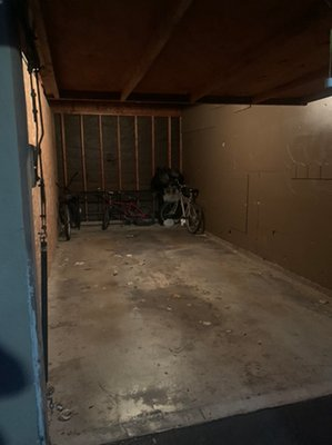 30x22 Garage self storage unit