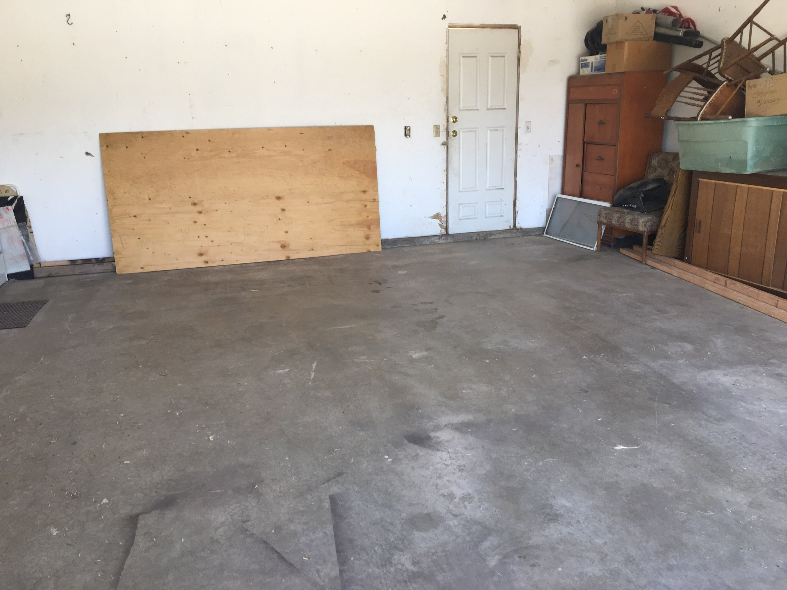 18x20 Garage self storage unit