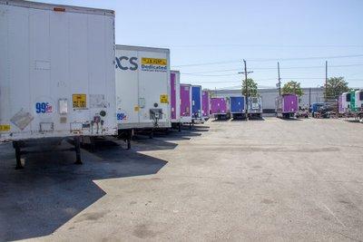 72x10 Parking Lot self storage unit
