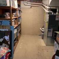 20x20 Basement self storage unit