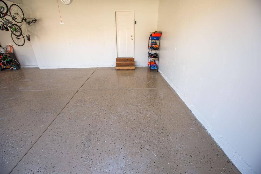 10x7 Garage self storage unit