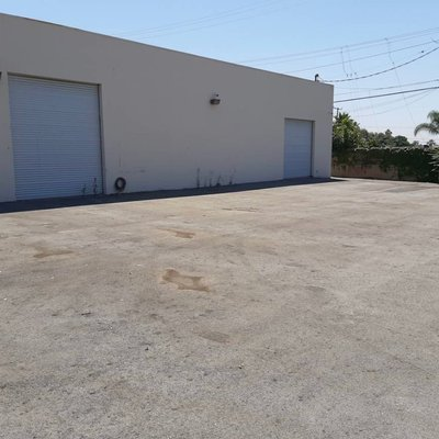 30x10 Parking Lot self storage unit