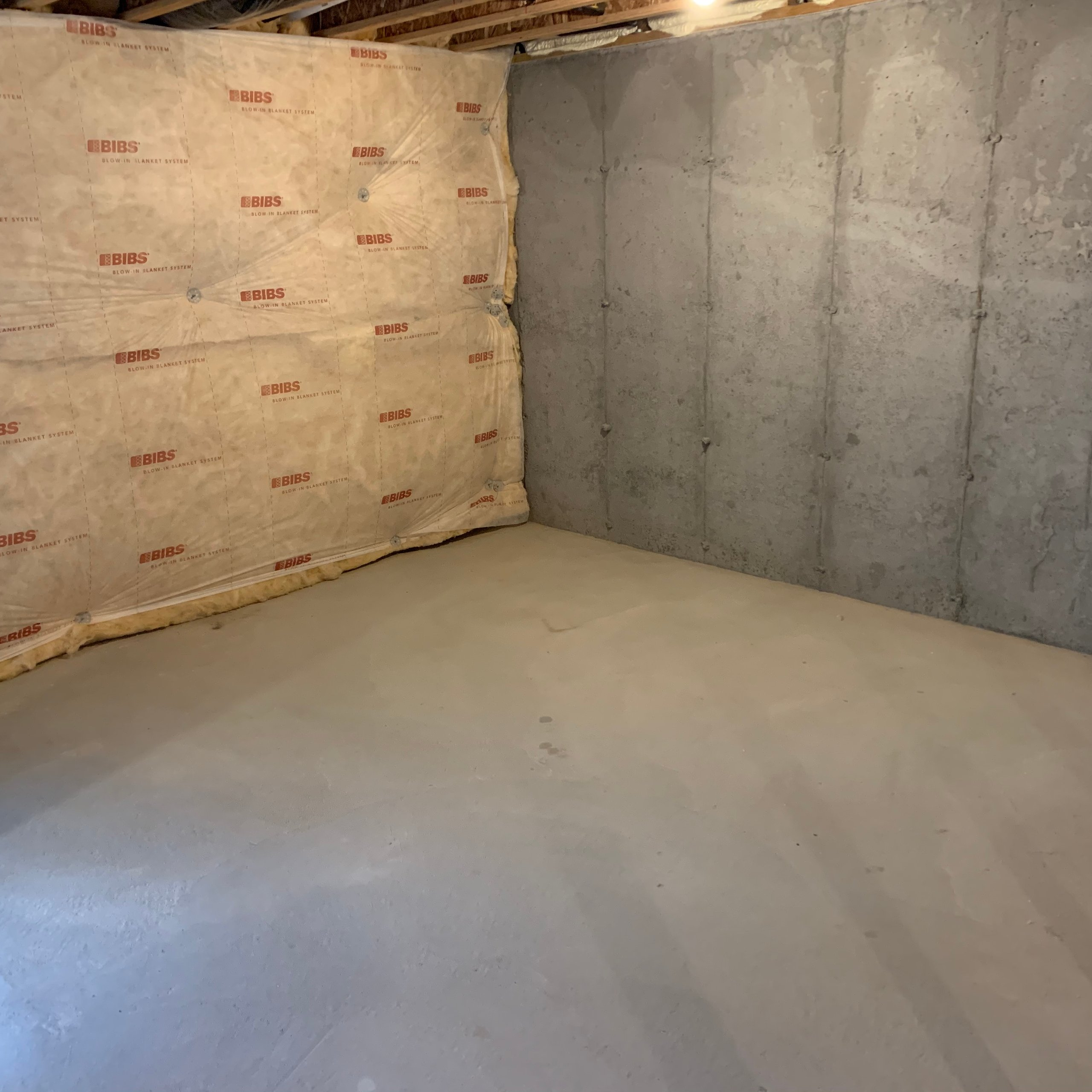 10x13 Basement self storage unit
