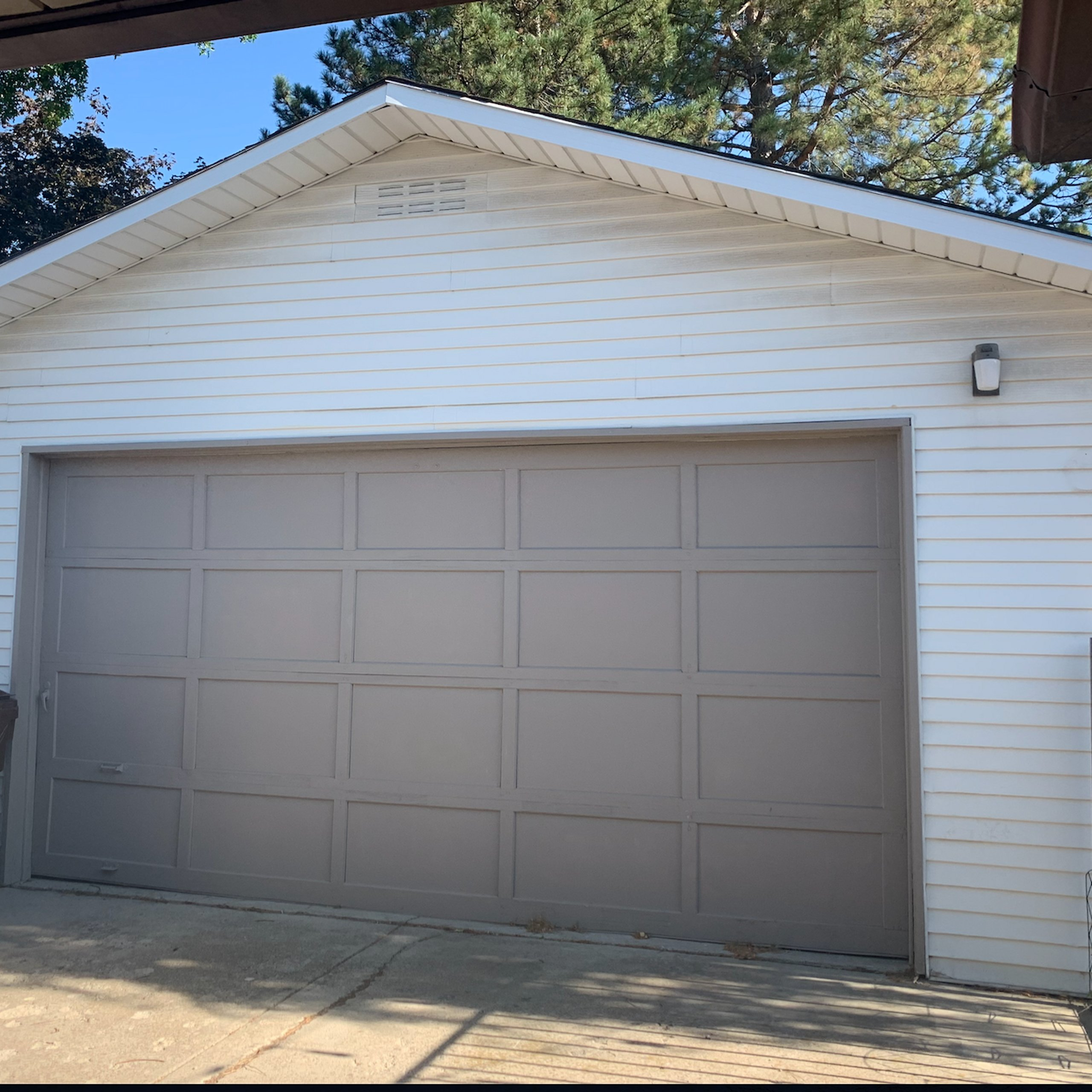 25x12 Garage self storage unit