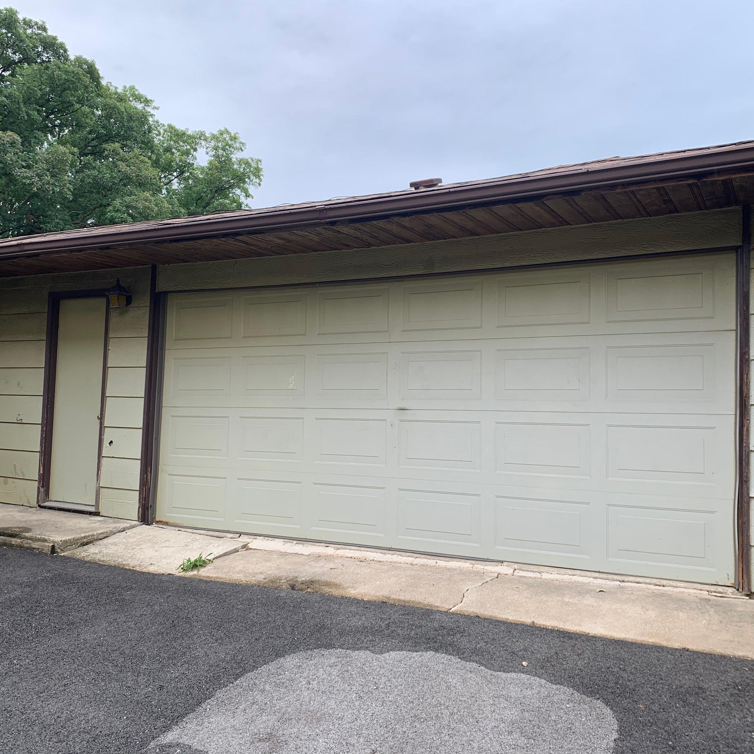 15x15 Garage self storage unit