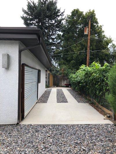 29x6 Driveway self storage unit
