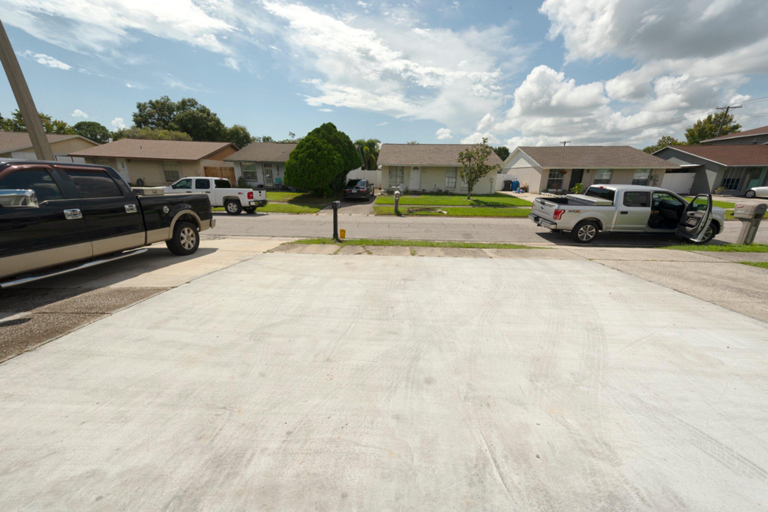 17x13 Parking Lot self storage unit