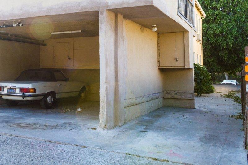 15x15 Parking Lot self storage unit