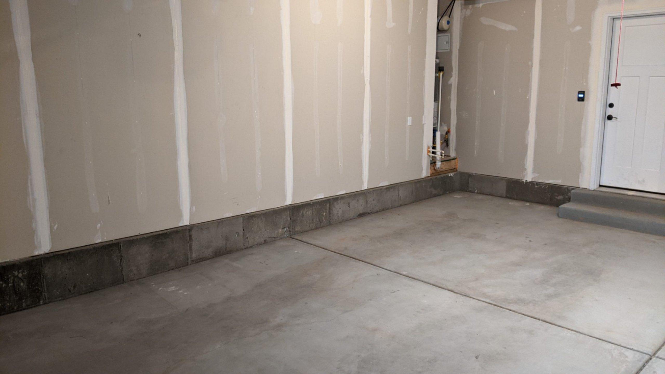 20x11 Garage self storage unit