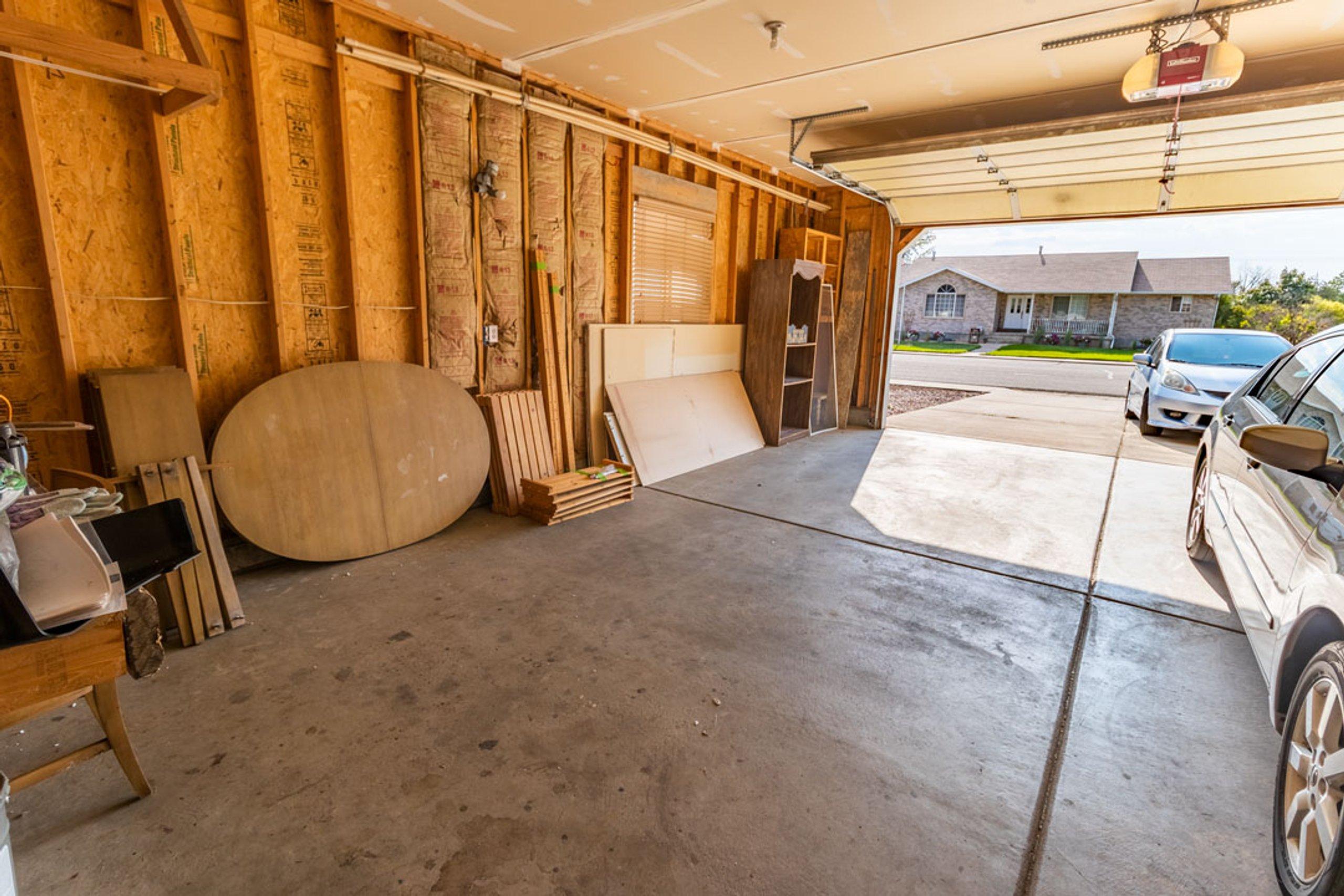 23x10 Garage self storage unit