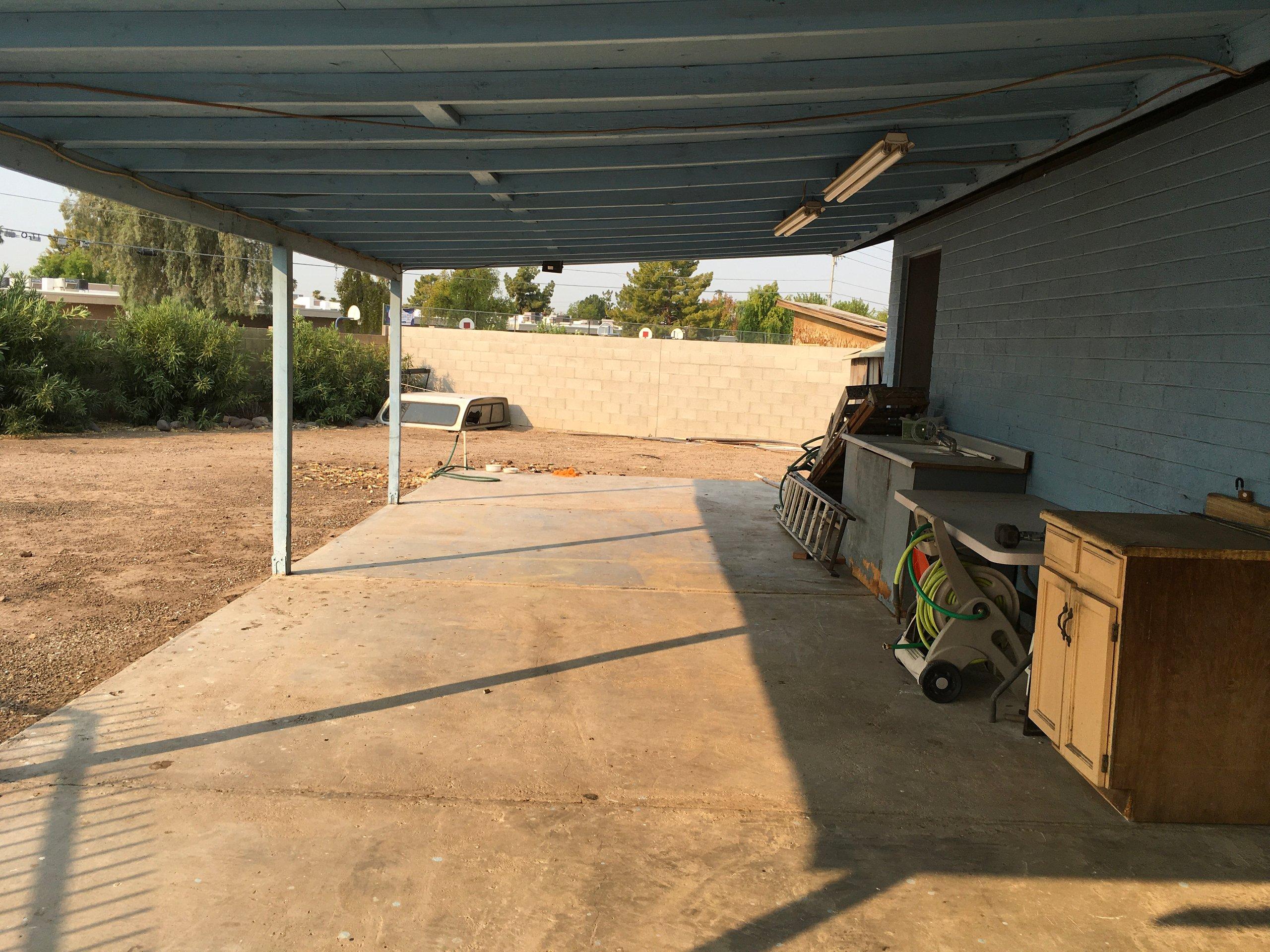 42x14 Unpaved Lot self storage unit