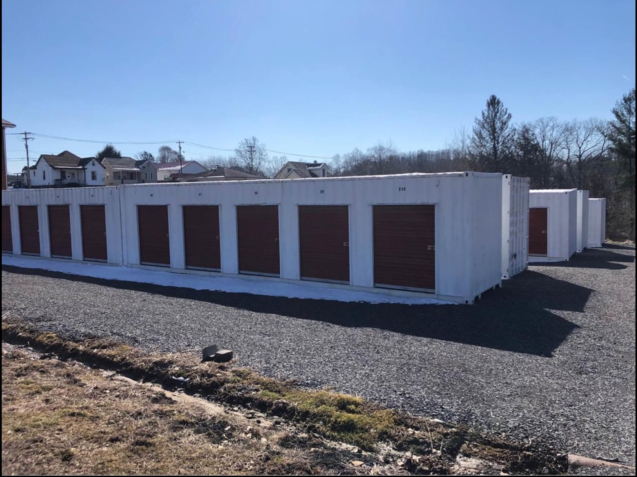 16x40 Unpaved Lot self storage unit